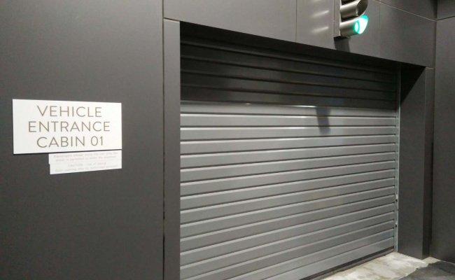 Indoor lot parking on Elizabeth Street in Melbourne VIC