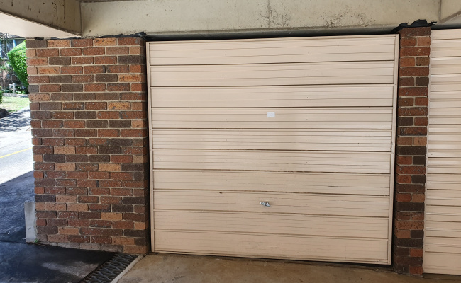 parking on Elizabeth Street in Parramatta