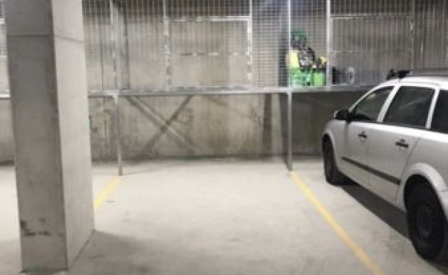 Parking Photo: Forest Rd  Hurstville NSW 2220  Australia, 31398, 98440