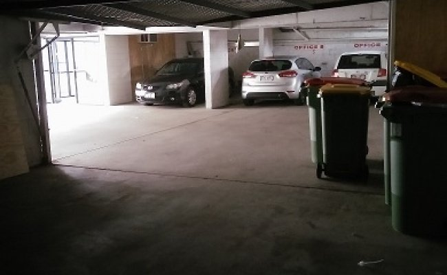 Lock up garage parking on Gold Coast Highway in Burleigh Heads