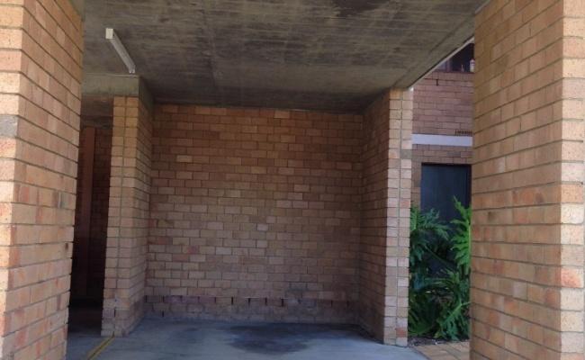 Car parking, 0.4km to Macquarie Uni,Train,Shops