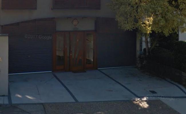 parking on Heussler Terrace in Milton QLD