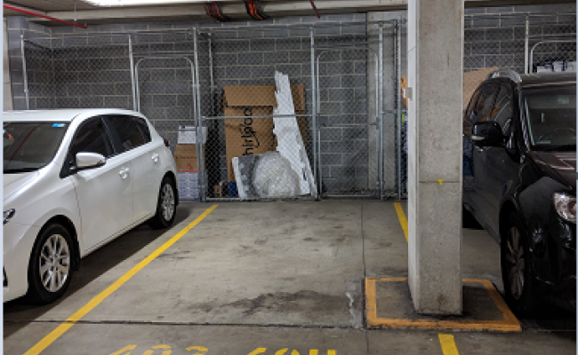 Parking Photo: Hill Road  Wentworth Point NSW  Australia, 32399, 112162