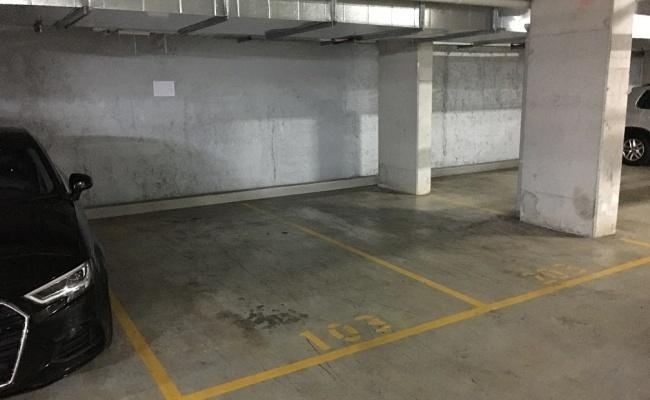parking on Hunter Street in Parramatta