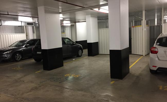 Mascot - Secure Car Space