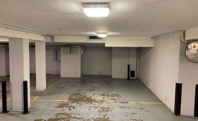 Great Parking spot in Surry Hills 3min walk to Central, 24/7 Secure Undercover space