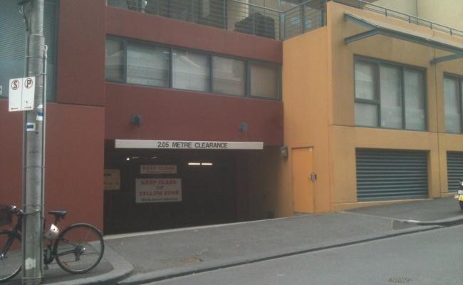 parking on La Trobe Street in Melbourne