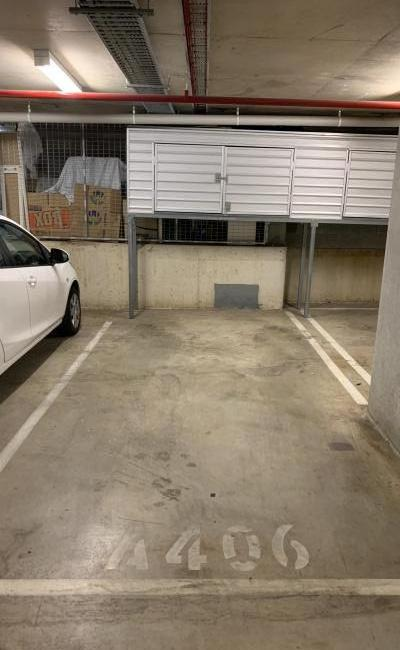 parking on MacDonald St in Erskineville