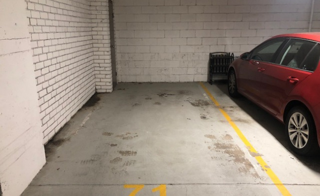 Secure Parking next to USyd/RPA Hospital
