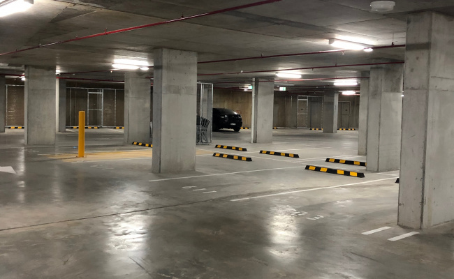 UNDERGROUND PARKING AVAILABLE 2 MIN WALK FROM WESTMEAD HOSPITAL