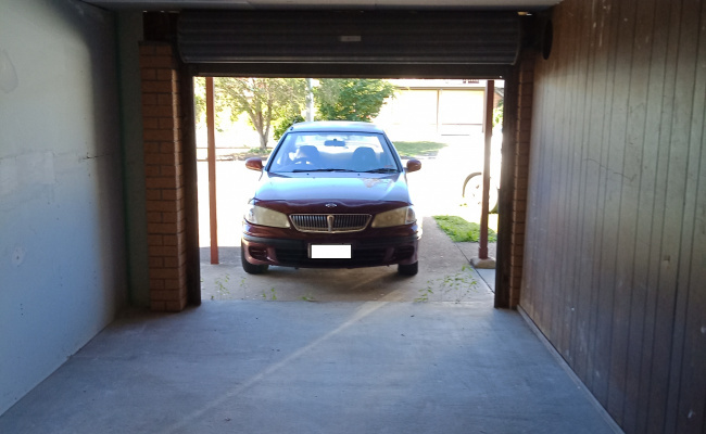 Lock up garage parking on Maroochy Crescent in Beenleigh QLD