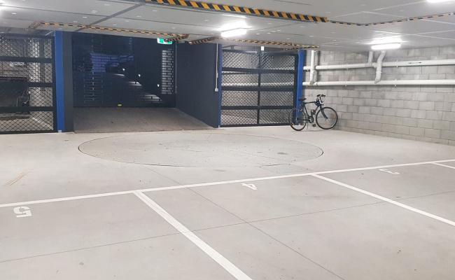 parking on Moffat Street in South Yarra