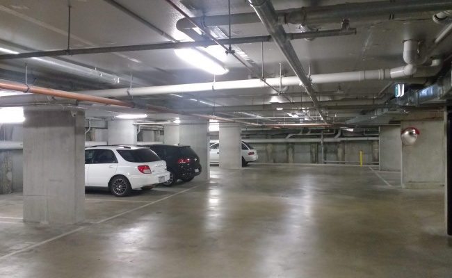 Indoor lot parking on Napoleon St in Collingwood