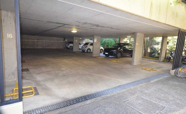 Car parking space - Edgecliff, Darling Point, Woollahra, Potts Point