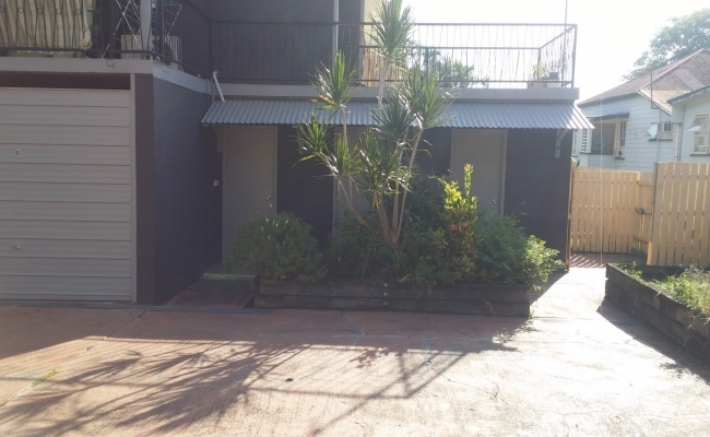Close to West End, Southbank, BNE State High & CBD