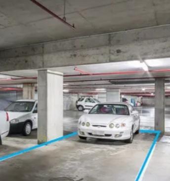 parking on Paradise Island Resort in Paradise Island