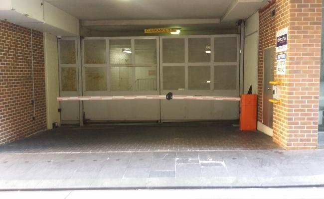 parking on Quay Street in Haymarket