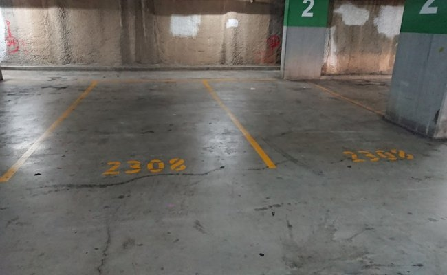 Indoor lot parking on Queen St in Auburn NSW 2144
