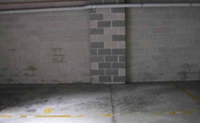 parking on Queen St in Newtown