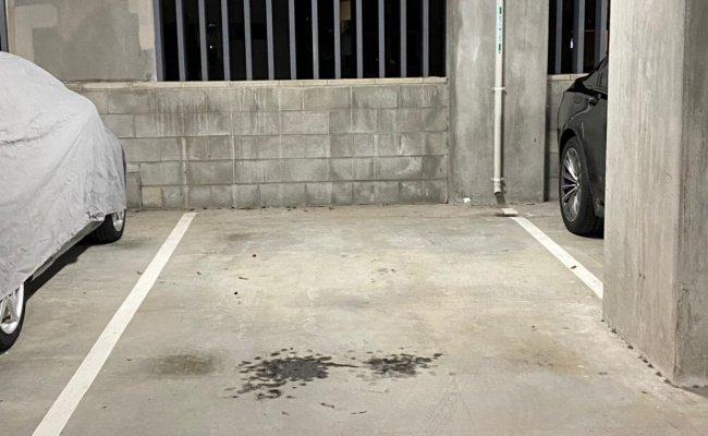 Milton - Great Parking Right Across Milton Station