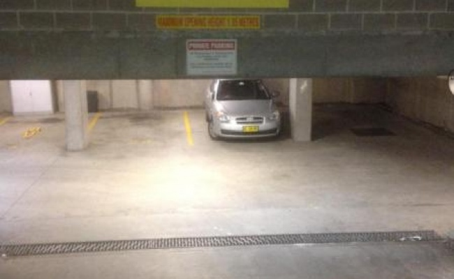 parking on Regent Place in Redfern