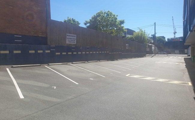 Secure outdoor parking off Kennigo St