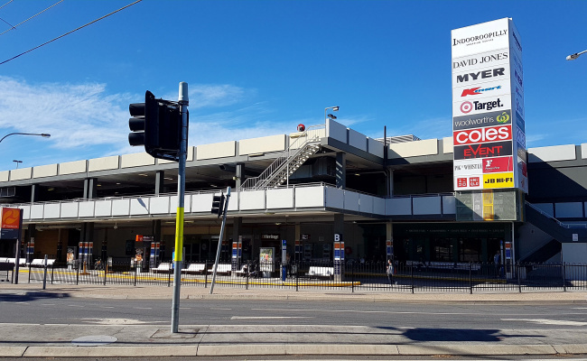 Parking Photo: Station Road  Indooroopilly QLD  Australia, 31552, 100676