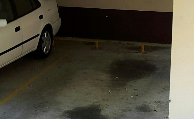 24/7 Parking Space for Rent