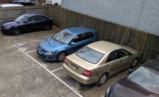 parking on Summers Street in Prahran