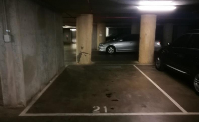 Parking space in Melbourne central area