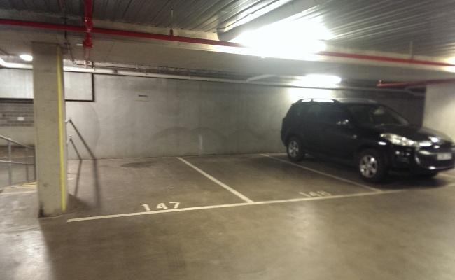 parking on Swanston Street in Parkville