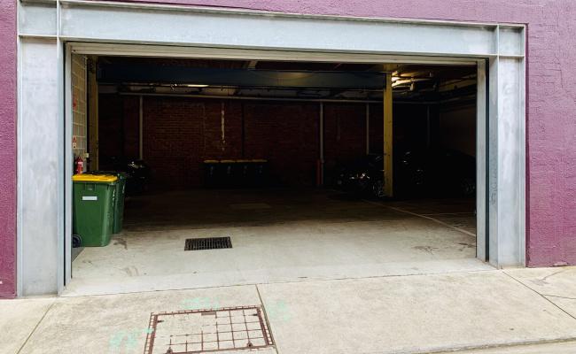 parking on Tennyson Street in Richmond