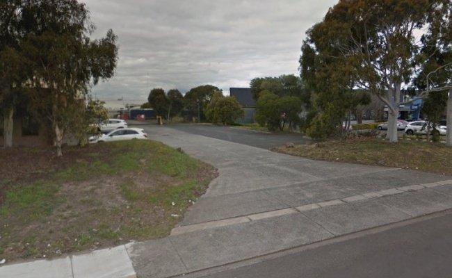 parking on Tullamarine Park Road in Tullamarine