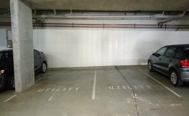 parking on Union Street in McMahons Point