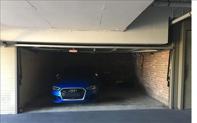 Parking Photo: Upper Clifford Avenue  Fairlight NSW  Australia, 32964, 109708