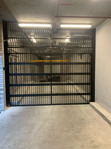 Windsor - Secure Underground Carpark just off Chapel Street - 2 Min walk from Windsor Station