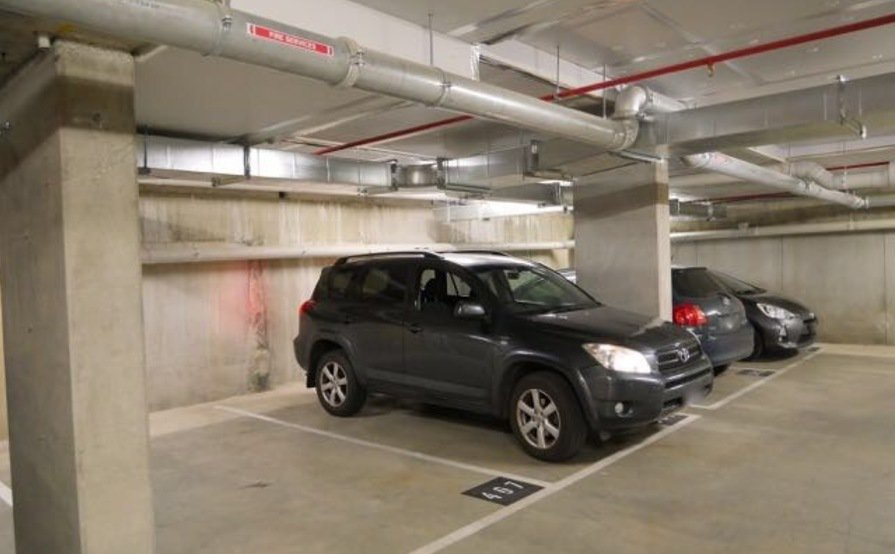 Secure underground car park. Great central location!