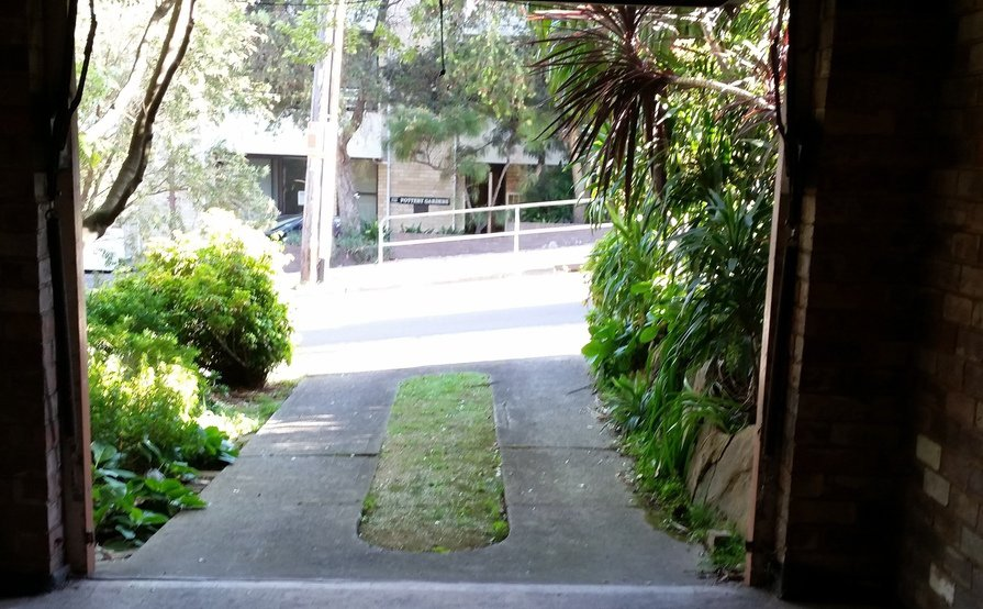 Parking Photo: Little St  Lane Cove NSW 2066  Australia, 33679, 111185