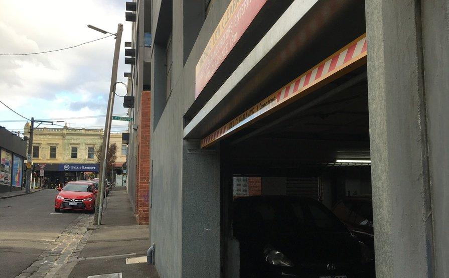 parking on Richmond VIC 3121 in Australia