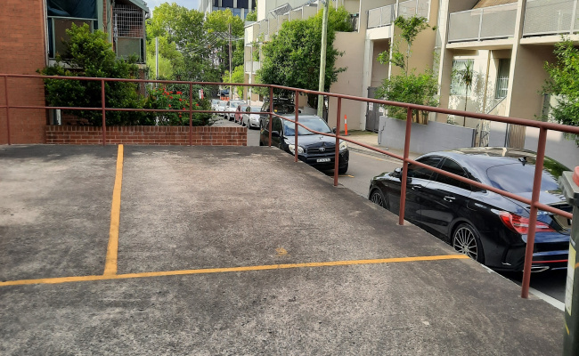 Convenient off-street Newtown parking space very close to King St and RPA - available 24/7!