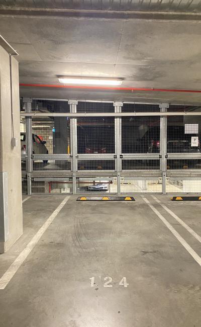 Docklands - Super Cheap Indoor Secured Parking