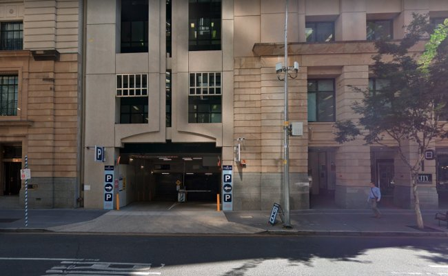 CONVENIENT & AFFORDABLE BRISBANE CBD PARKING - POST OFFICE SQUARE