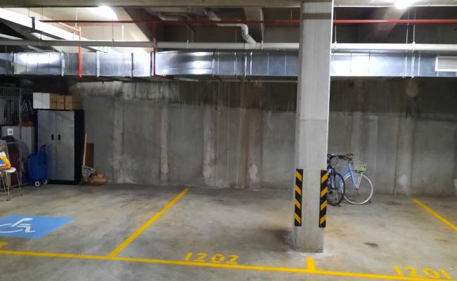 St Leonards - Secure Indoor Parking Near Train Station