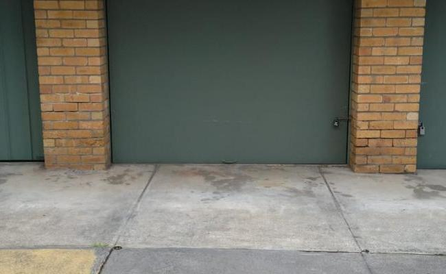 Secure Enormous Garage for Storage (long and short term)