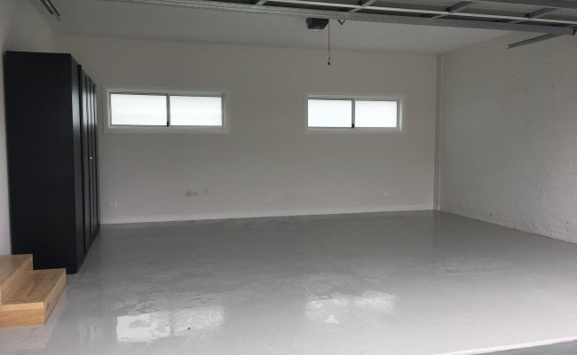 Clean fresh modern car space in secure locked up garage. Excellent storage for a collectors car