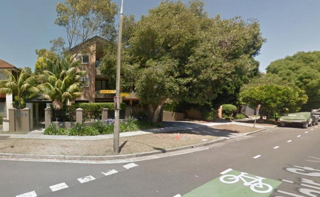 Lock up garage parking on Beach Road in Bondi Beach NSW