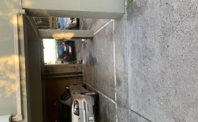 St Kilda West - Premium Car Spot close to City opposite the Beach