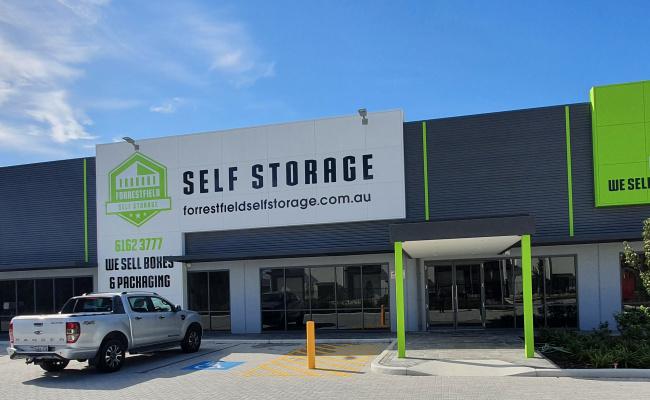 Storage Unit parking on Berkshire Road in Forrestfield Western Australia