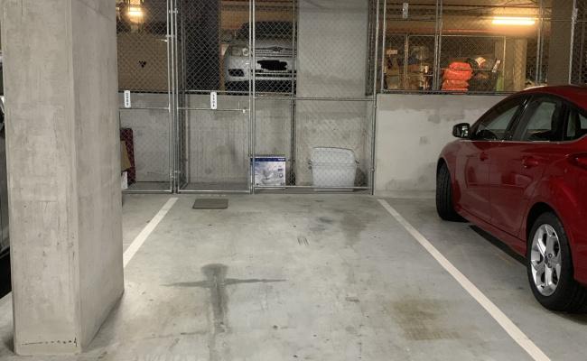 Great parking space in Kelvin Grove