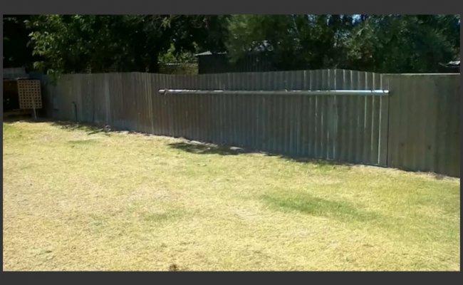 Outdoor lot parking on Bulong Avenue in Redcliffe Western Australia